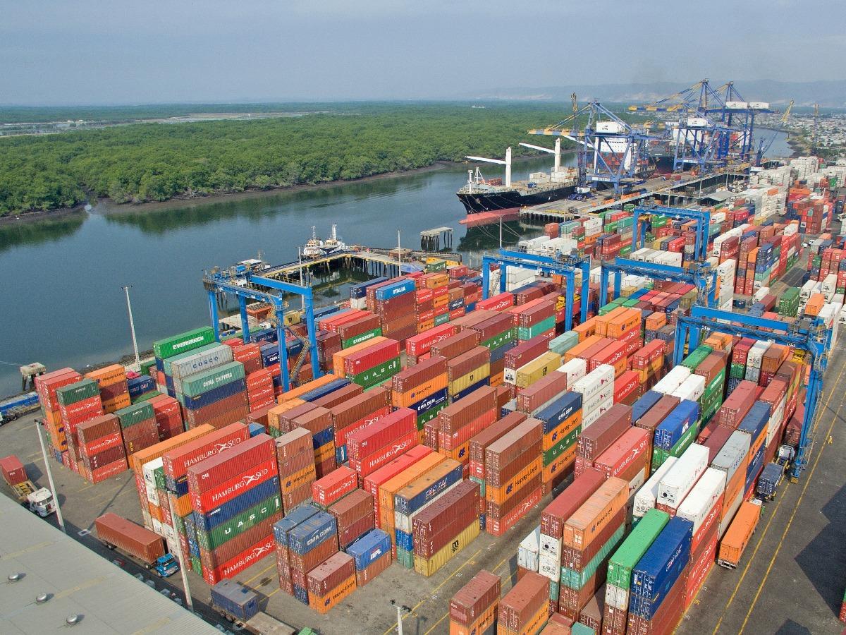 Commercial cargo port
